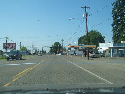 Going south through Hubbard on Hwy 99E